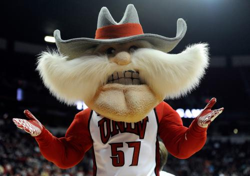 Runnin' Rebels Repel Rams
