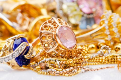 Top Spots For Handmade Jewelry In Las Vegas